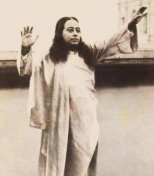 master-paramhansa-yogananda